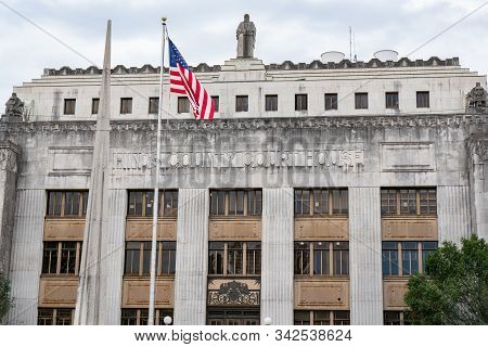 Jackson, Ms - October 7, 2019: Exterior Of The Hinds County Courthouse In Jackson, Mississippi