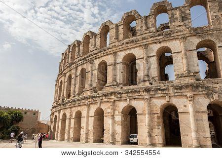 El Jem, Tunisia - July 22, 2018: The Roman Amphitheater Of Thysdrus, El Jem, Tunisia
