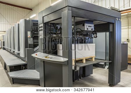 Input Or Load Of Paper In An Offset Printing Machine Measures 72/102