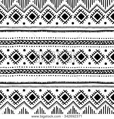 Seamless Ethnic Pattern. Tribal And Aztec Motifs. Cute Striped Hand-drawn Doodle Ornament. Horizonta