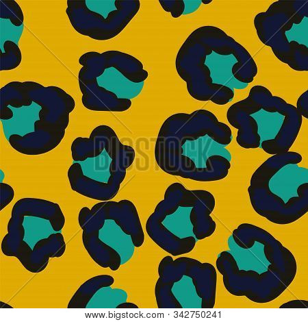 Light Animal Puma Leather Vector Seamless Pattern. Black Wool Wild Cheetah Style. Ink Tropical Patte