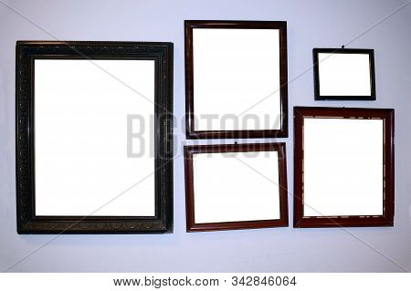 Stock For Mockup. Frames For Photos Or Paintings. Frames Hang On The Wall.