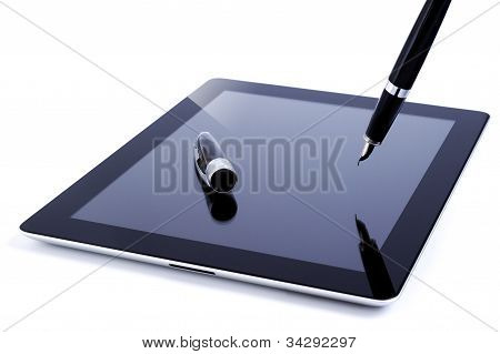 Digital tablet with fountain pen