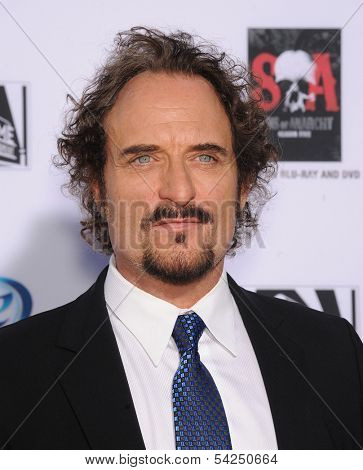 LOS ANGELES - SEP 07:  Kim Coates arrives to
