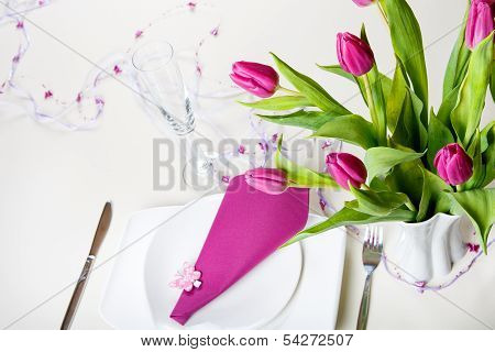 Table Set Decoration In Purple
