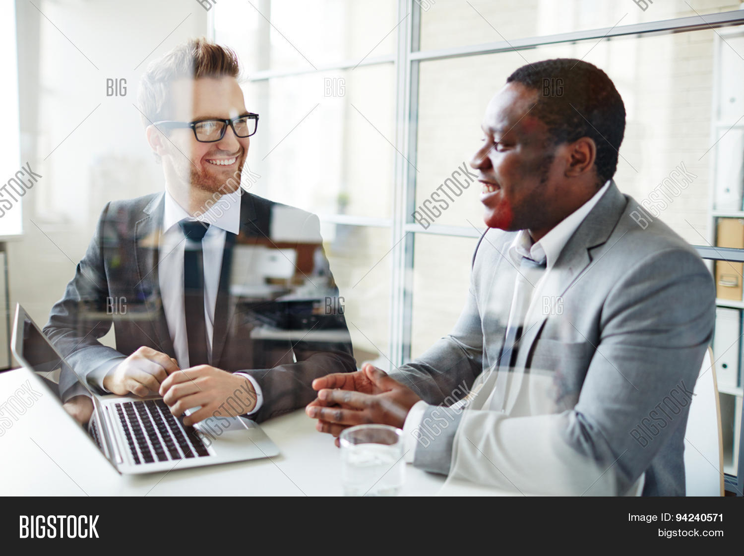 thesis consulting Dissertation & thesis consulting services from the stats team we offer quick, ethical, and accurate advice and support for your dissertation or thesis we can help you design your study.
