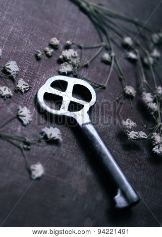 The key with flowers