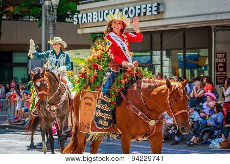 Portland Grand Floral Parade 2015