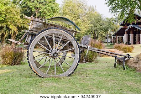 Thailand's Old Cart And Straw