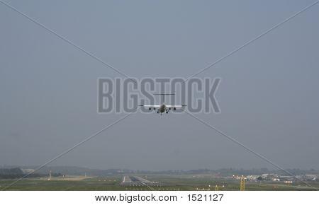 Whisper-Jet Landing