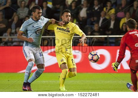 VILLARREAL, SPAIN - OCTOBER 16th: (L) Cabral and Sansone during La Liga soccer match between Villarreal CF and R.C. Celta de Vigo at El Madrigal Stadium on October 16, 2016 in Villarreal, Spain