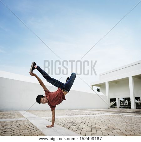Break dance Movement Teenagers Trendy Lifestyle Concept