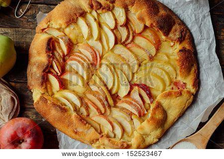 Homemade Organic Apple Pie Dessert Ready To Eat. Apple Pie On Ta