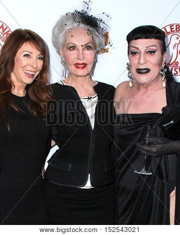 LOS ANGELES - OCT 17:  Cassandra Peterson, Julie Newmar, Jody Arias at the