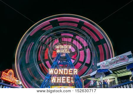 coney island wonder wheel in the summer time