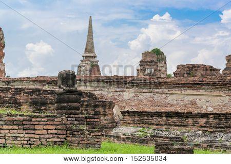 Ruin Of Buddha Statues In Wat Mahathat Temple, Ayutthaya Historical Park, Phra Nakhon Si Ayutthaya,
