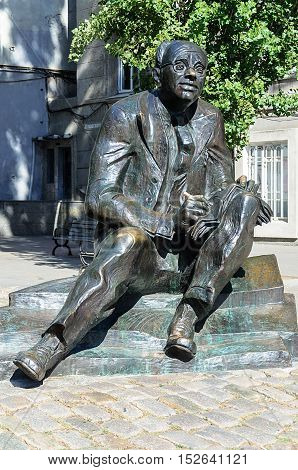 Odessa, Ukraine - September 02, 2016: Monument to soviet writer Isaak Babel