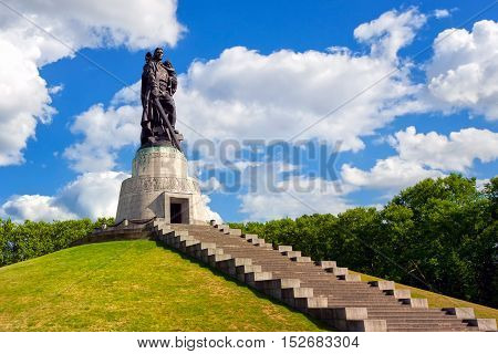 Soviet soldier monument symbolizing the victory over Nazi Germany at Treptow park Berlin Germany