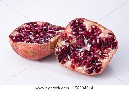 Granatapfel, Frucht, Obst, Essen, Lebensmittel, tropisch, freigestellt