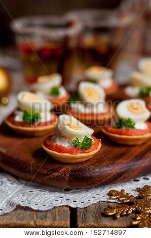 Little Tarts Of Salmon, Cheese And Egg