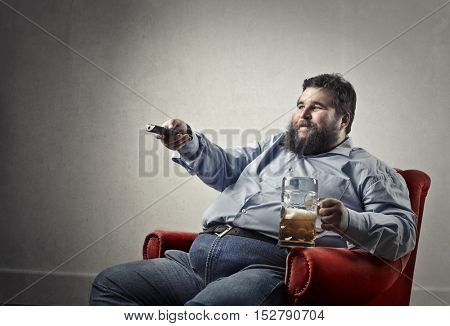 Beer drinker watching tv