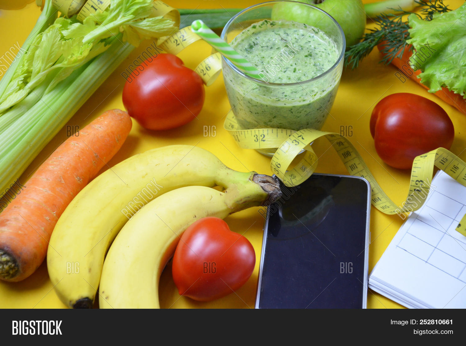 Using Calorie Counter Image & Photo (Free Trial) | Bigstock