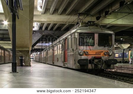 Paris, France - January 02, 2008: Z5300 Class Emu From Transilien Sncf, Specialized In Commuting And