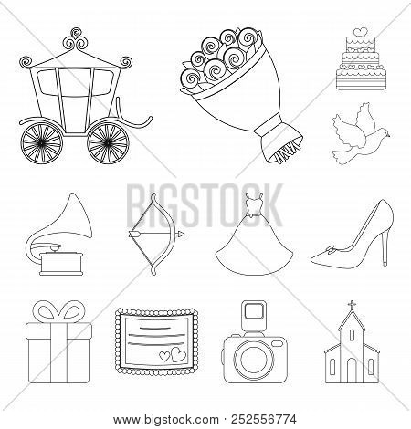 Wedding And Attributes Outline Icons In Set Collection For Design.newlyweds And Accessories Vector S
