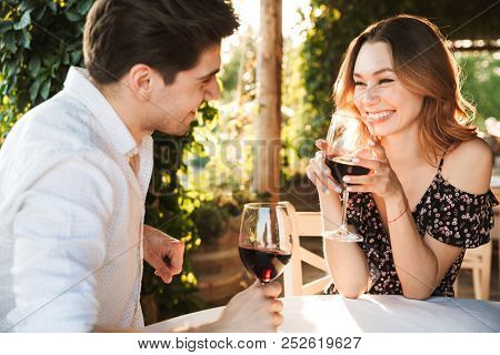 sjenert fyr dating guide