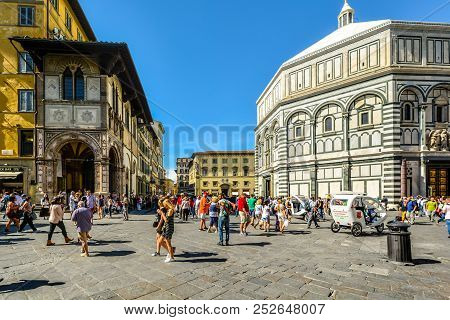 Florence, Italy - September 20 2017: The Baptistery Of St John At Piazza Del Duomo In Florence Italy