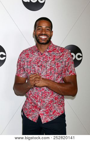 LOS ANGELES - AUG 7:  Eric Bigger at the ABC TCA Party- Summer 2018 at the Beverly Hilton Hotel on August 7, 2018 in Beverly Hills, CA