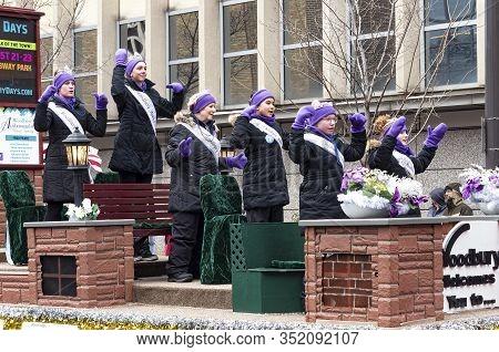 St. Paul, Mn/usa - January 25, 2020: Woodbury Ambassadors Royal Family In Annual Grande Day Parade O