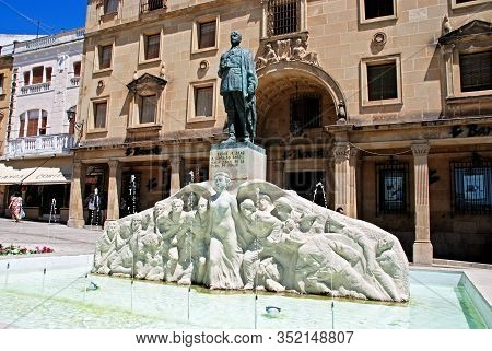 Ubeda, Spain - July 28, 2008 - Monument To General Leopoldo Saro Marin In The Plaza De Andalucia Wit