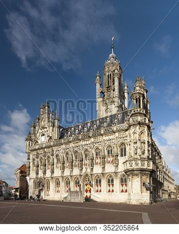 Medieval Gothic Town Hall Of Middelburg, Walcheren, Zeeland, The Neterlands, On A Sunny Winter Day,