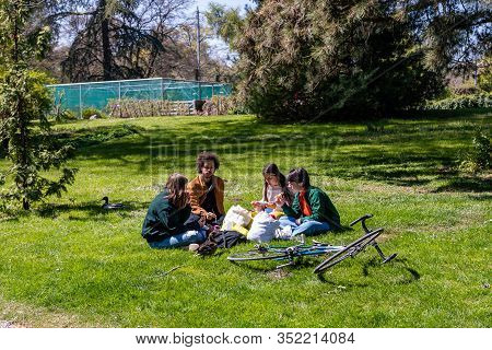Geneva, Switzerland - April 14, 2019: Genevans Filling Public Parks In Numbers On The Ascension Day,