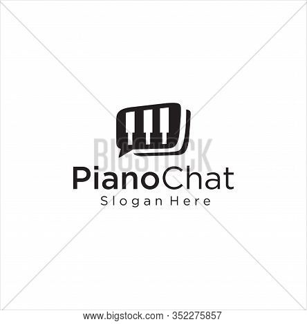 Piano Chat Logo Design Stock Illustration . Music Piano Logo . Piano Concert Logo Design. Music Note