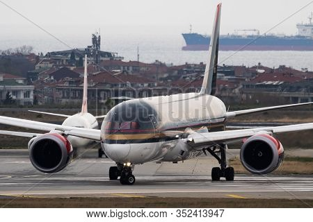 Istanbul / Turkey - March 27, 2019: Royal Jordanian Airlines Boeing 787-8 Dreamliner Jy-bae Passenge