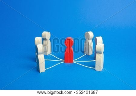 Mediation Intermediary Between People. Business Deal. Political Diplomatic Negotiations. Conflict Re