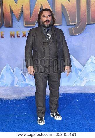 LOS ANGELES - DEC 09:  Jack Black arrives for the ÔJumanji: The Next LevelÕ Los Angeles Premiere on December 09, 2019 in Hollywood, CA