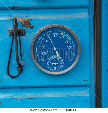 Anymetre Hydro And Thermometre Temperature Blue Gauge