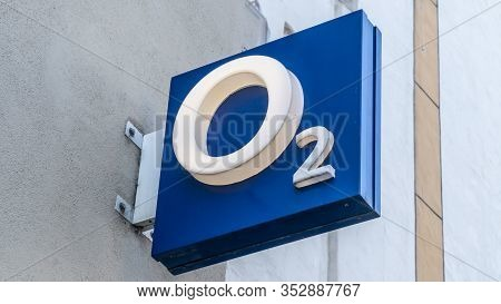 Trier, Germany - September 13, 2019: 2 Shop In Trier. O2 Is A European Telecommunications Company, S