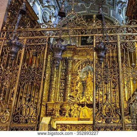Lisbon - August 30, 2019: Detail Of The Chapel Of The Most Holy Sacrament, Built In 1636 Inside The