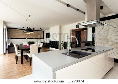 Urban Apartment - Elegant Interior