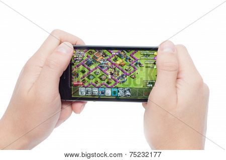 Clash Of Clans on iPhone 5S