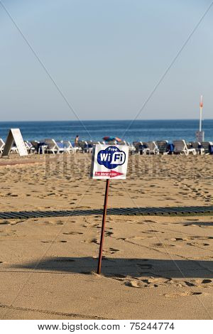 Alanya - the beach of Cleopatra and ubiquitous Internet