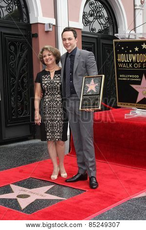 LOS ANGELES - MAR 11:  Judy Parsons, Jim Parsons at the Jim Parsons Hollywood Walk of Fame Ceremony at the Hollywood Boulevard on March 11, 2015 in Los Angeles, CA
