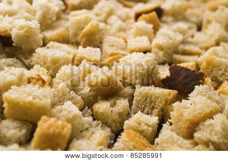 Small Croutons