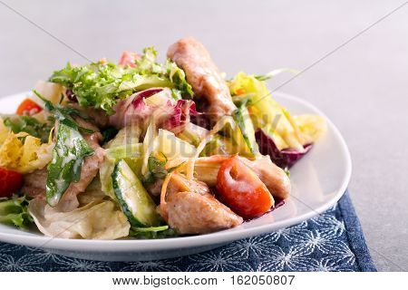 Vegetable and chicken breast salad with yogurt dressing
