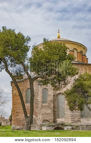 The old hagia irene mosque and museum that's situated in the turkish city of Istanbul.