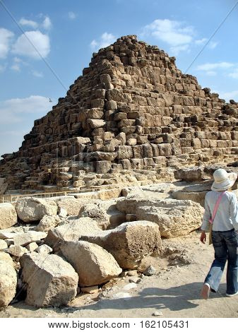 A small pyramid for the Queen of Egypt Giza